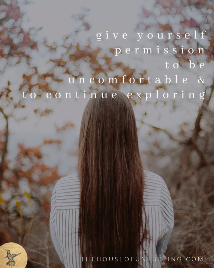 What to do when you're feeling lonely on this path of spiritual awakening? TIP #01: GIVE YOURSELF PERMISSION TO BE BOTH UNCOMFORTABLE & CONTINUE EXPLORING - Click to read the Full Article over on kathleensaelens.com